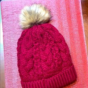 Gently used, Maroon ❤️ Winter Hat ❄️